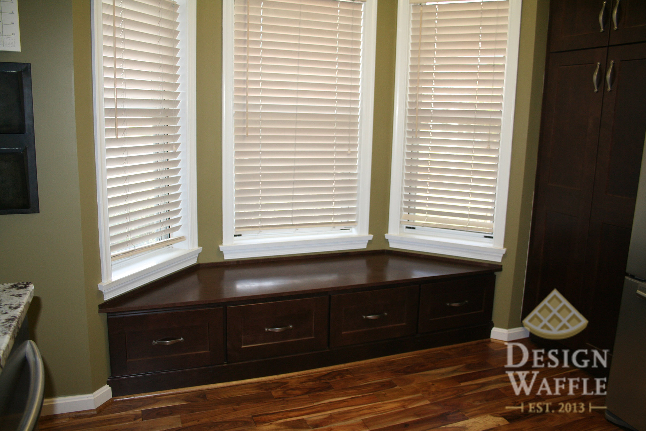 custom bay window seat