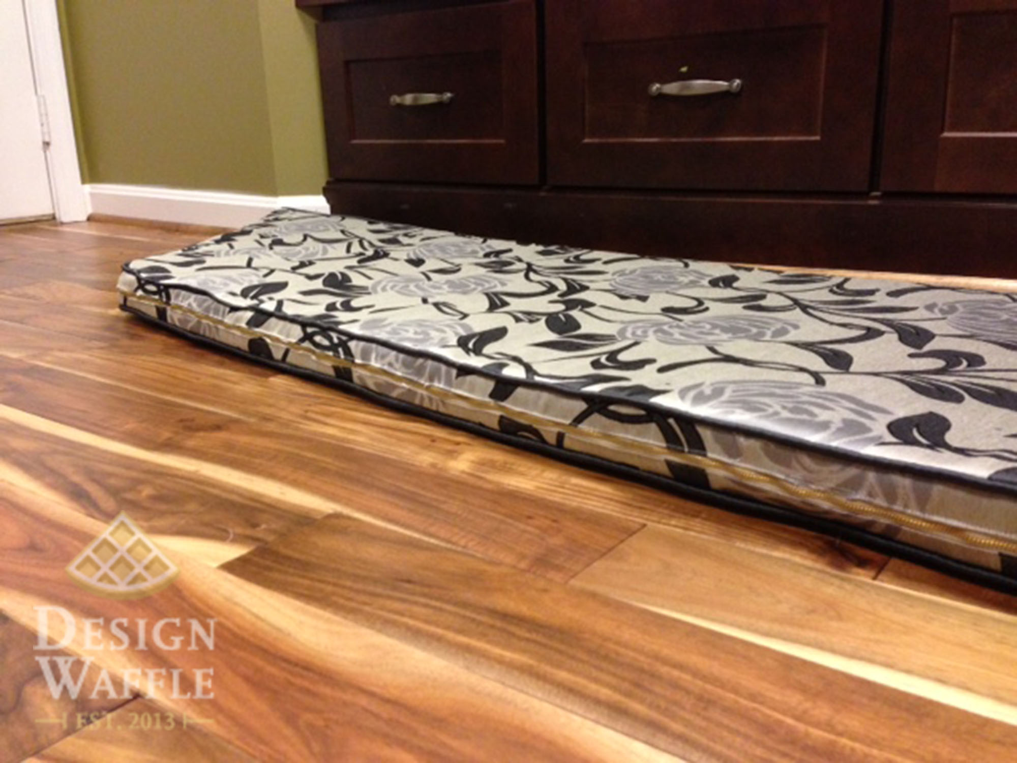 sewing a bay window seat cushion design waffle